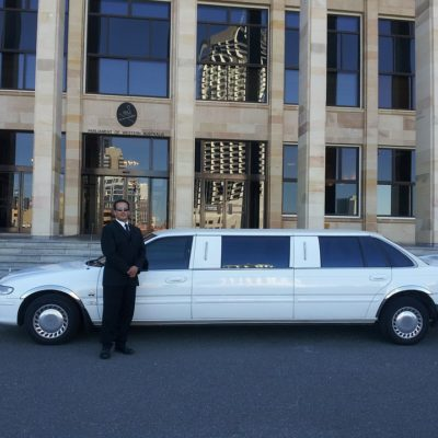 Why not use a vehicle from Santa Clarita Limo Service for the prom