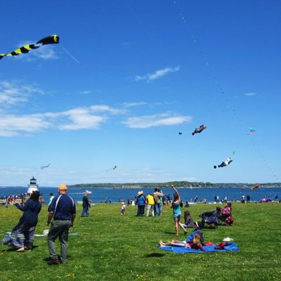 Go Fly a Kite: Modern Tips and Tools for Enjoying an Iconic Pastime
