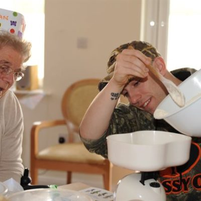 The Benefits of Home Elderly Care for Your Parents